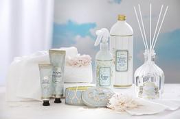 סדרת מוצרים בניחוח Breeze Sensation